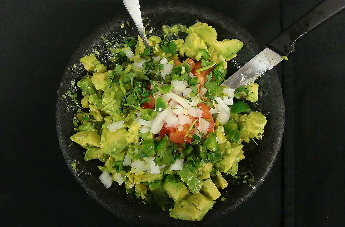 iron-cactus-menu-guacamole-mexican-restaurants-in-austin